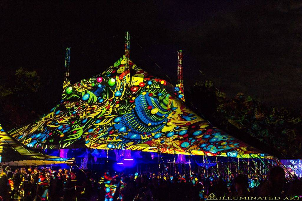 Crazy psychedelic video art from Psy-Fi Festival 2015