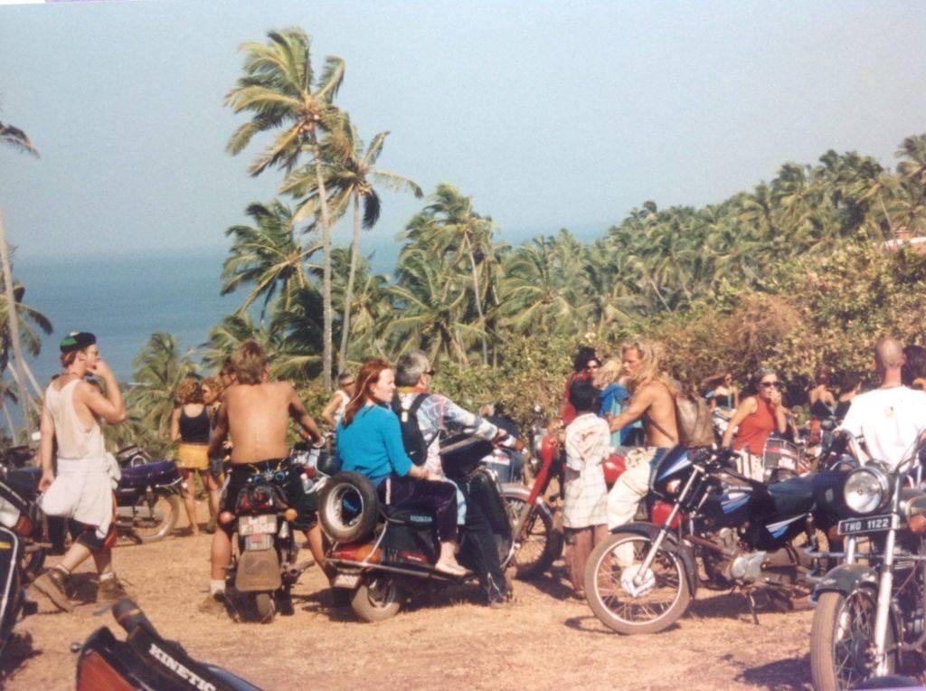 199X - motorbikes_Helena Knight