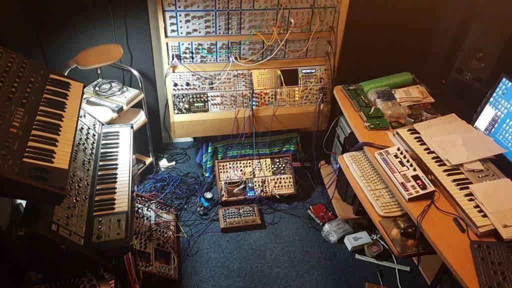 eat static live modular synth bonanza trancentral. Black Bedroom Furniture Sets. Home Design Ideas
