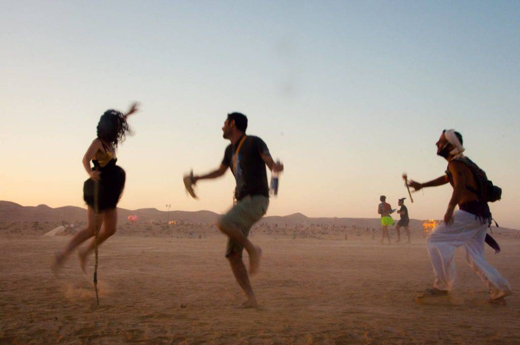 Midburn 2016 people dancing in desert