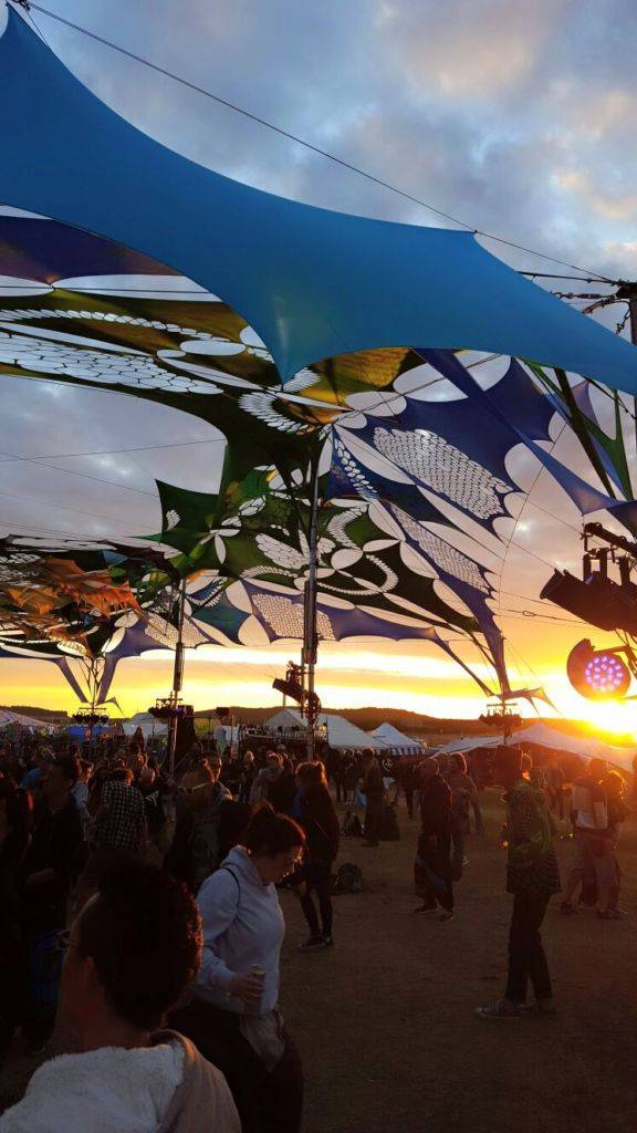 Antaris Project 2016 sunset on dancefloor