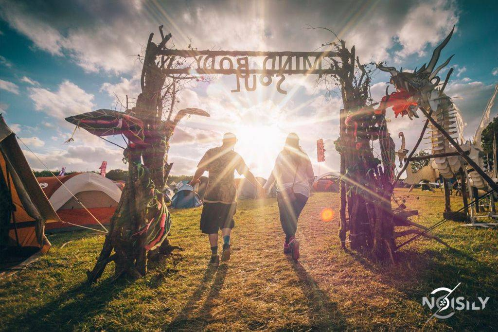 Noisily Festival of Music and Arts Festival 2016 - gate of magic land