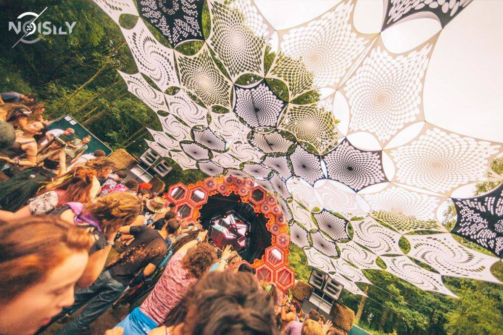 Noisily Festival of Music and Arts Festival 2016 decoration