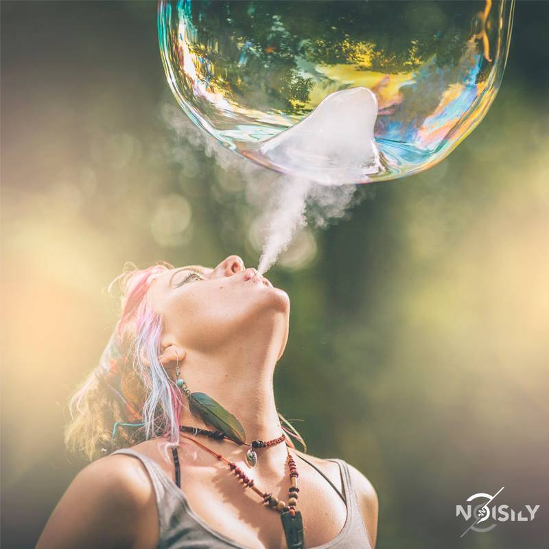 Noisily Festival of Music and Arts Festival 2016 smoky bubbles