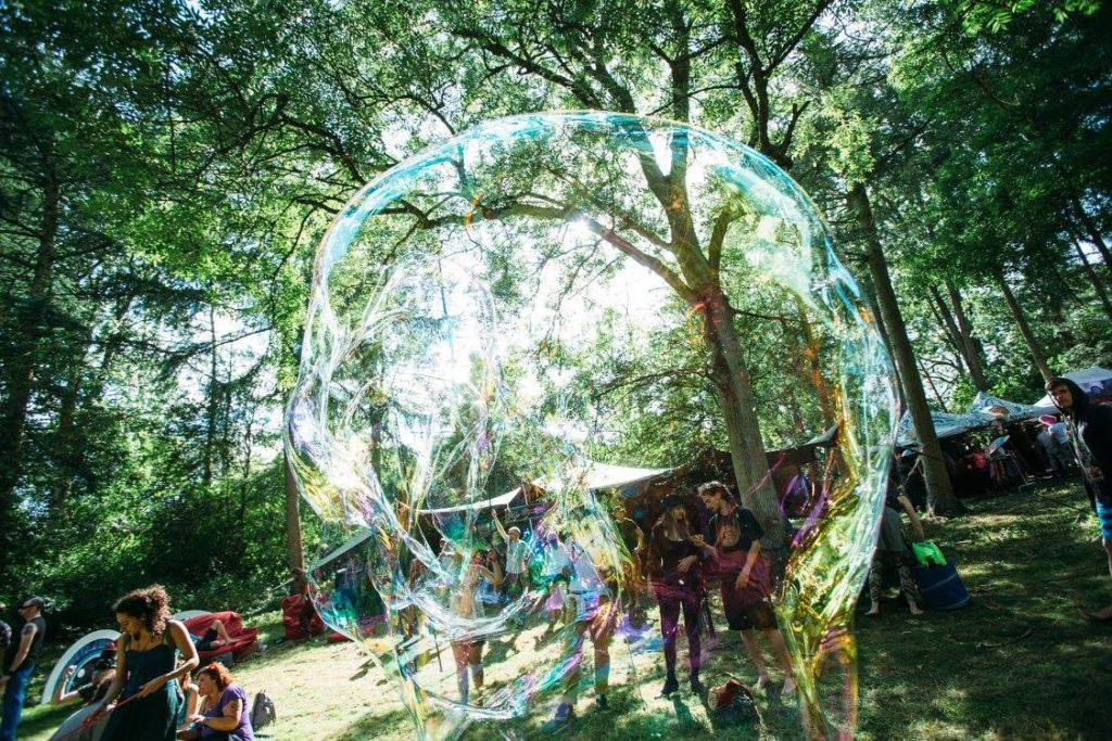 Noisily Festival of Music and Arts Festival 2016 big bubble