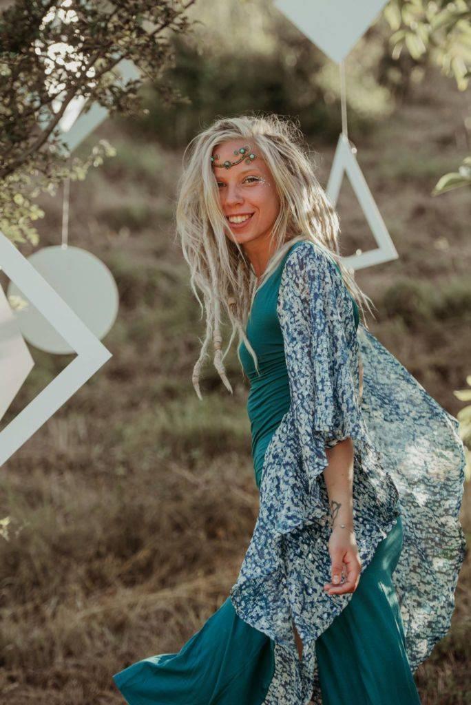 Samsara 2016 blond girl