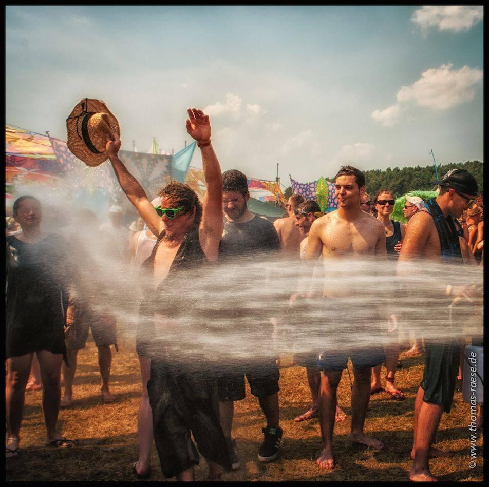 Antaris Project Festival  2015 wet dance