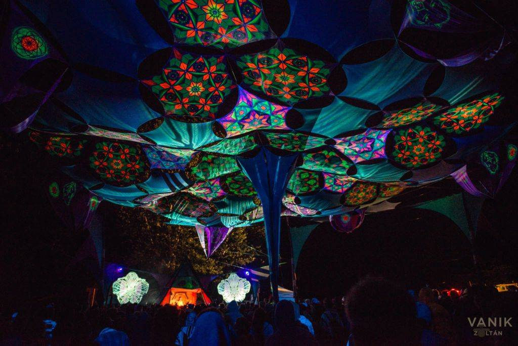 Samsara 2016 decoration at night