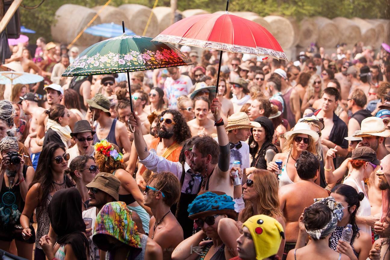Eclipse festival 2016 party crowd