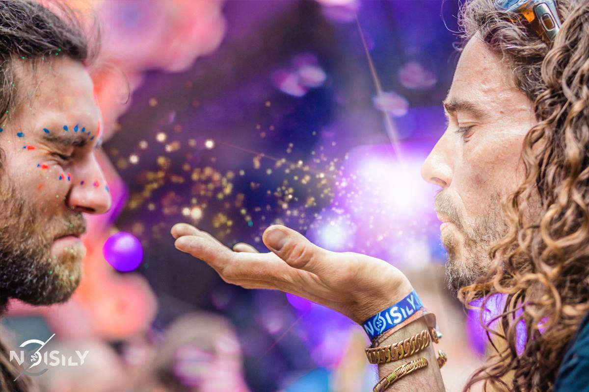 Noisily Festival of Music and Arts 2016 sparkly dust