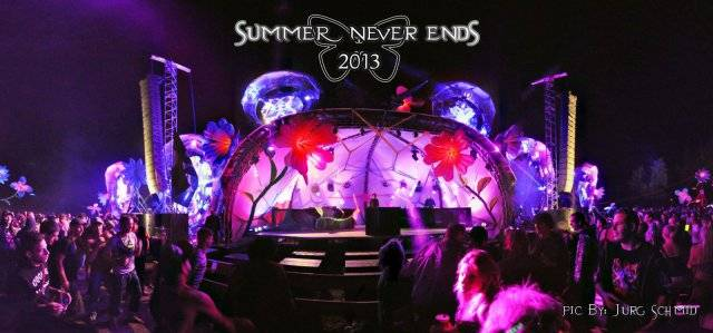 stage decortaion summer never ends festival