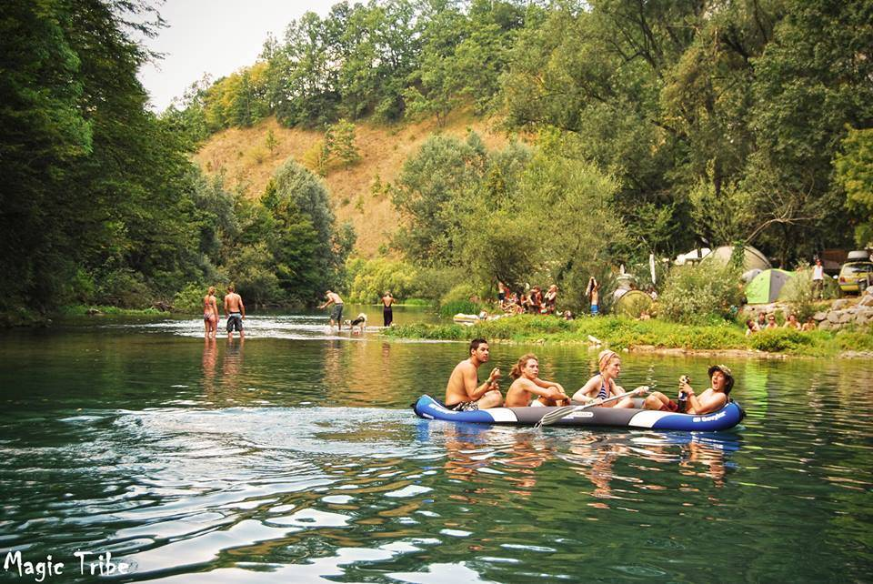 %e0%ab%90-magic-tribe-%e0%ab%90-2013-1 Boat on the river