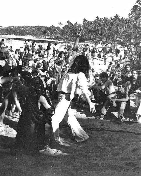 Full moon party Goa 1979-80 season