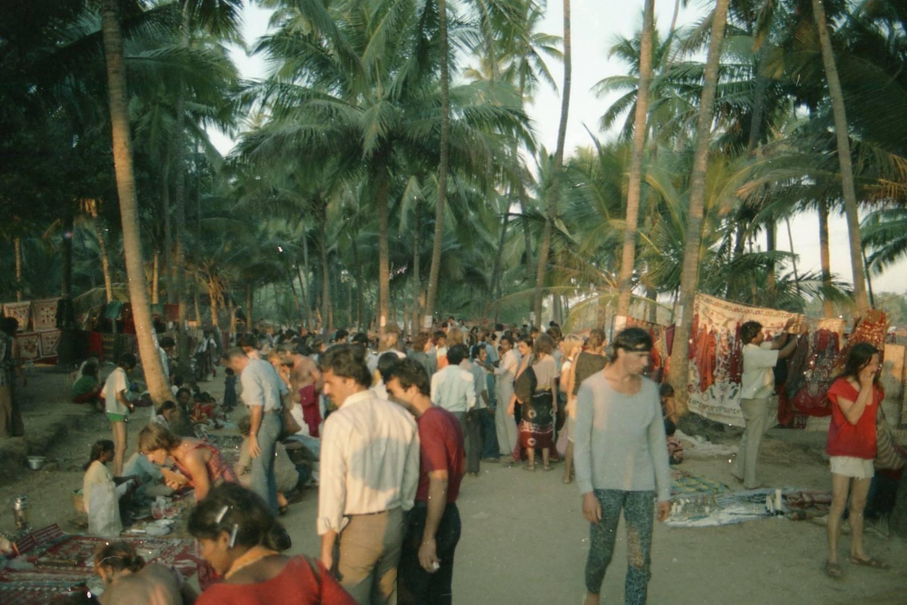 1982 anjuna flee-market