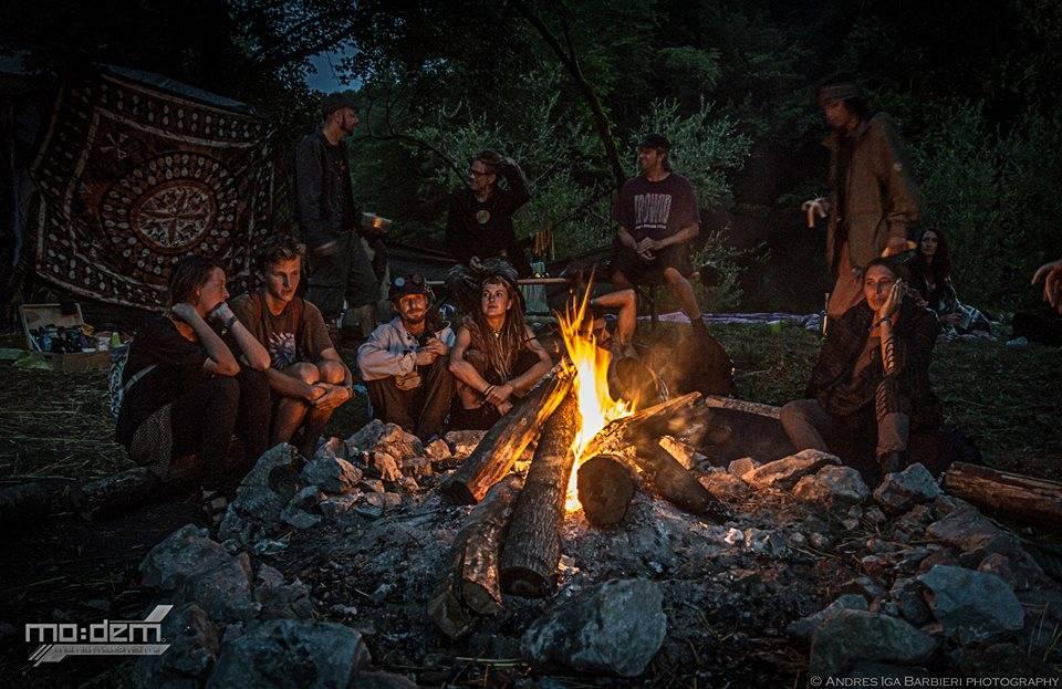 andres-iga-barbieri-modem-2014- Fireplace