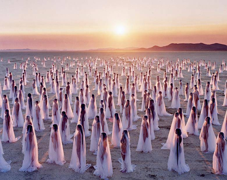 burning-man-2013-by-spencer-tunick Women in white