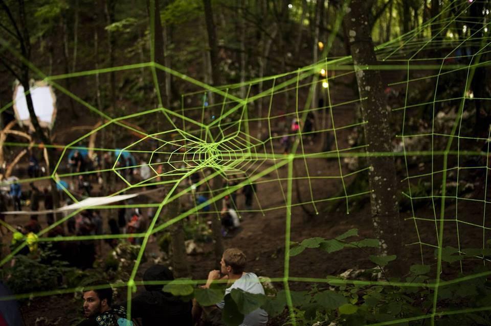 lightworks-collective-modem-festival-2015-3 Through spider net