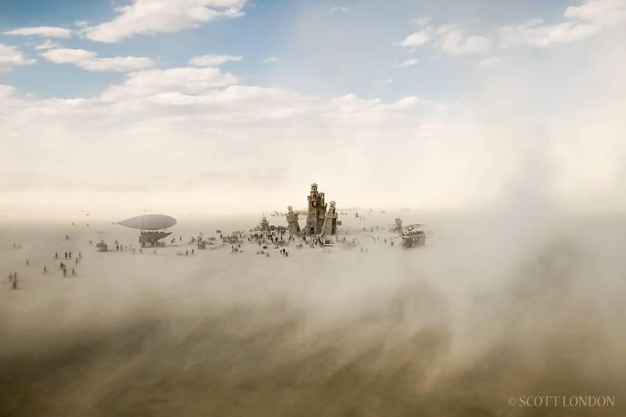 Burning Man 2016 dusty town