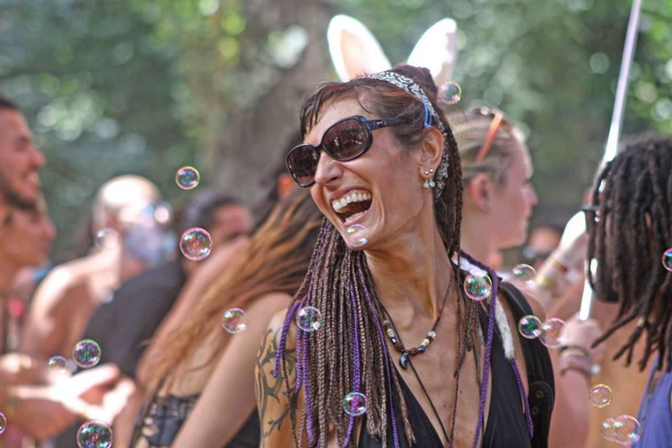 bubbles at connection festival 2016 photo-by-luis-ak-2