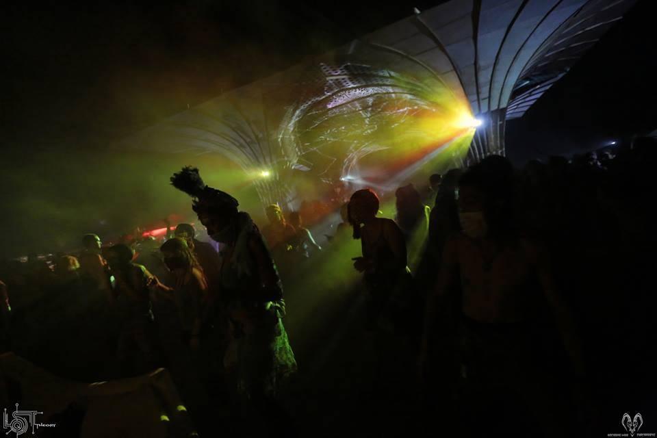 katarina-luka-photography-2016-4 lost theory festival dancefloor at night