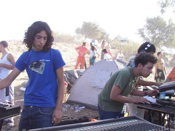 Sesto Sento (Vini Vici) live in a Psytrance Party in Israel (Moksha 2003)